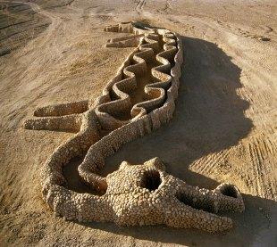 Lenguaje Ancestral, por Andrew Rogers. Desierto de Atacama, Chile.